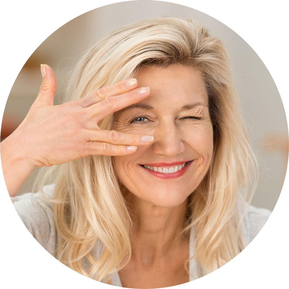 Minilifting du visage à Paris - Dr Claude Levy